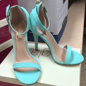 Shoes - New mint heels size 6.5